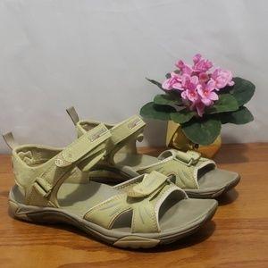 Merrill Continuum Sport Sandal Lt Green size 9